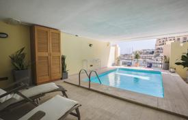 Property for sale in Malta. St. Julians — Portomaso, fully furnished seafront apartment