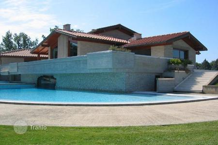 Luxury houses for sale in Cortona. Villa – Cortona, Tuscany, Italy