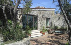 Coastal property for sale in Tuscany. Panoramic villa in the South Tuscany at the seaside of Ansedonia