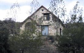 Property for sale in Lageia. Three Bedroom Picturesque Hillside Stone House