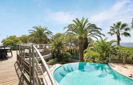 Luxury property for sale in Saint-Raphaël. Close to Cannes — Gated domain Santa Lucia