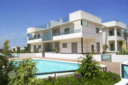 Cheap apartments with pools for sale in Ciudad Quesada. Penthouse of 2 bedrooms in Rojales
