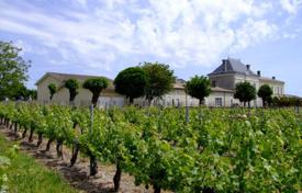 Luxury property for sale in Nouvelle-Aquitaine. Agricultural – Bordeaux, Aquitaine, France