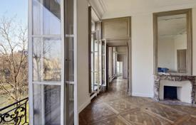 Paris 4th District – Ile Saint Louis. A superb apartment in a historic building. for 3,590,000 €