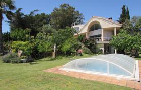 Luxury 4 bedroom houses for sale in Costa Brava. Villa – Blanes, Catalonia, Spain