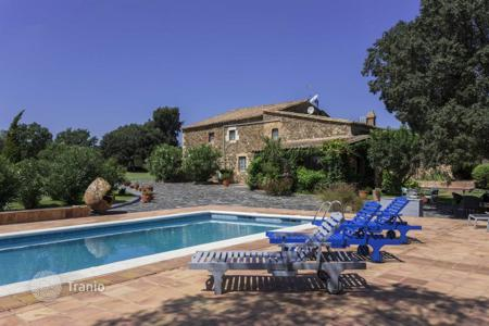 Luxury property for sale in Gerona (city). Country seat – Gerona (city), Costa Brava, Spain