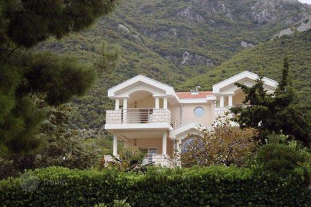 Luxury residential for sale in Kotor. Townhome - Prčanj, Kotor, Montenegro