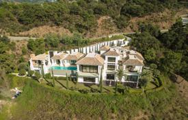 5 bedroom houses for sale in Andalusia. Outstanding Modern/Contemporary Villa in La Zagaleta Golf and Country Club, Benahavis