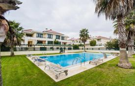 Townhouses for sale in Lisbon. Spacious townhouse in the prestigious area of Cascais