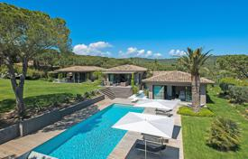 Villas and houses to rent in Ramatuelle. Contemporary villa in St. Tropez