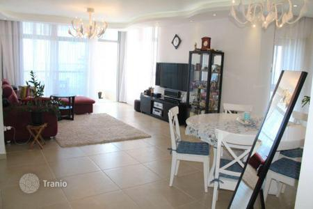 4 bedroom apartments for sale in Netanya. Apartment - Netanya, Center District, Israel