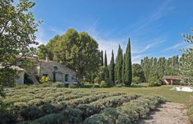 Luberon — Old mill for 1,800,000 €
