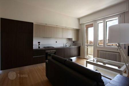 1 bedroom apartments for sale in Italy. Luminous apartment with a terrace, in a quiet district, Florence, Italy. Excellent investment opportunities!