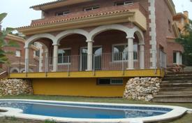 5 bedroom houses by the sea for sale in Spain. Villa – Sant Vicenç de Montalt, Catalonia, Spain