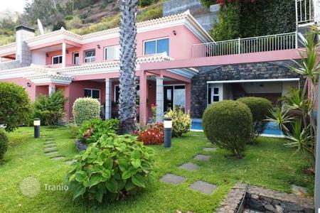 Property for sale in Madeira. House for Sale in Arco da Calheta, Madeira