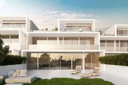Residential for sale in San Roque. La Finca is a residential complex of 176 luxury homes adjoining La Cañada Golf Club