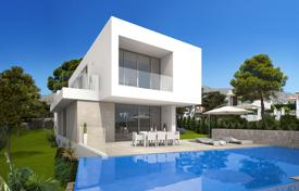 3 bedroom houses for sale in Benidorm. Luxury villas overlooking the town of Benidorm