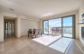2 bedroom apartments for sale in Costa del Sol. Top-Quality Apartment — Los Flamingos Golf Resort