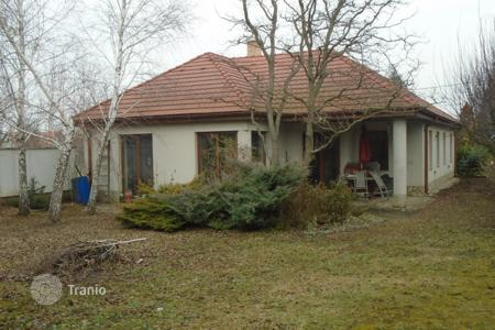Houses for sale in Fejer. Detached house – Ercsi, Fejer, Hungary