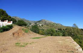 Development land for sale in Mijas. Plot with a sea view, close to the beach and the golf course, Mijas, Spain