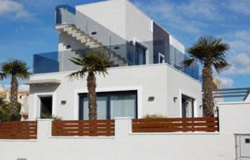 Luxury villa in Torrevieja for 520,000 €