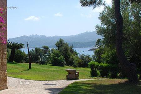 Property to rent in Sardinia. Villa Melograno