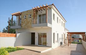 Coastal townhouses for sale in Cyprus. Terraced house – Limassol (city), Limassol, Cyprus