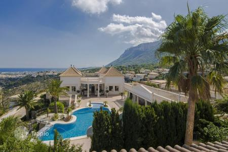 Luxury 3 bedroom houses for sale in Southern Europe. Villa – Denia, Valencia, Spain