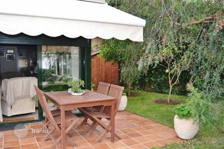 Residential for sale in Tossa de Mar. Terraced house – Tossa de Mar, Catalonia, Spain