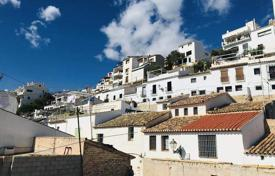 Spacious townhouse with sea views, Altea, Spain for 293,000 €