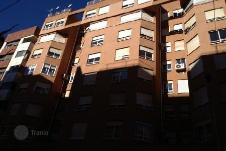 Foreclosed 4 bedroom apartments for sale in Castellón. Apartment – Castellón, Valencia, Spain