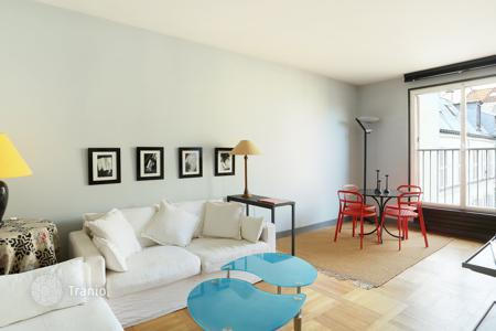 1 bedroom apartments for sale in Paris. Paris 7th District – A perfect pied a terre