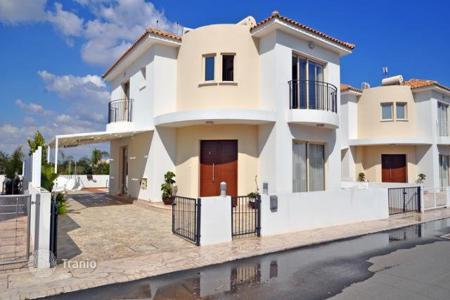 3 bedroom houses for sale in Pernera. Three Bedroom Detached House with Swimming Pool in Pernera