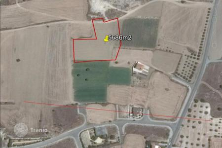 Property for sale in Anafotia. Building Land