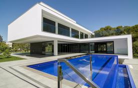 Luxury houses with pools for sale in Valencia. Villa – Alicante, Valencia, Spain