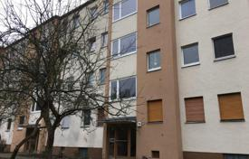 Buy-to-let apartments for sale in Berlin. Cozy studio with a loggia, in a quiet area, Charlottenburg, Berlin, Germany