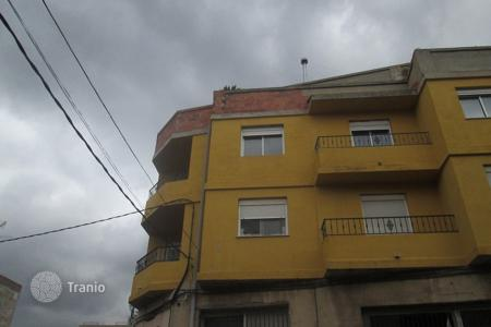 Foreclosed 4 bedroom apartments for sale in Valencia. Apartment – Carcaixent, Valencia, Spain