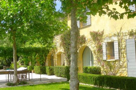 4 bedroom houses for sale in Provence - Alpes - Cote d'Azur. Charming sea view bastide