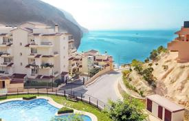 2 bedroom apartments by the sea for sale in Altea. Penthouse on the first line of the sea