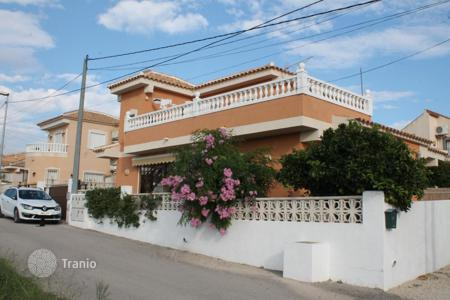 Cheap houses with pools for sale in Murcia. Villa - Fortuna, Murcia, Spain