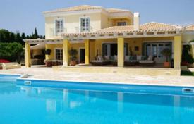 6 bedroom houses for sale in Porto Cheli. Furnished villa in Porto Cheli, Greece. Beachfront house with a swimming pool, a garden and pergolas