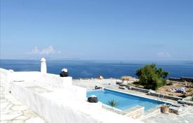 Houses with pools for sale in Aegean Isles. Villa – Paros, Aegean Isles, Greece