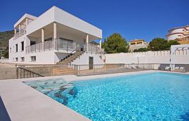 5 bedroom houses by the sea for sale in Costa Blanca. Spacious villa with sea view, Calpe, Spain