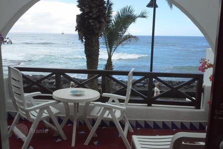 Coastal residential for sale in Playa. Terraced house – Playa, Canary Islands, Spain
