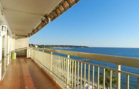 3 bedroom apartments for sale in Antibes. Apartment – Antibes, Côte d'Azur (French Riviera), France