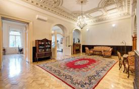Elite apartment with two balconies and a veranda in a comfortable residence, District VI, Budapest, Hungary for 1,600,000 €