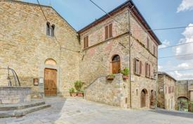 Residential for sale in Tuscany. Renovated villa in Rigomagno, Siena, Italy