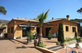 3 bedroom houses for sale in Vidreres. Villa – Vidreres, Catalonia, Spain