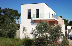 3 bedroom houses by the sea for sale in Istria County. New villa with pool and sea view Medulin, Croatia