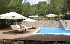 Luxury houses with pools for sale in Sant Joan de Labritja. Authentic 4 bedrooms ibicencan finca